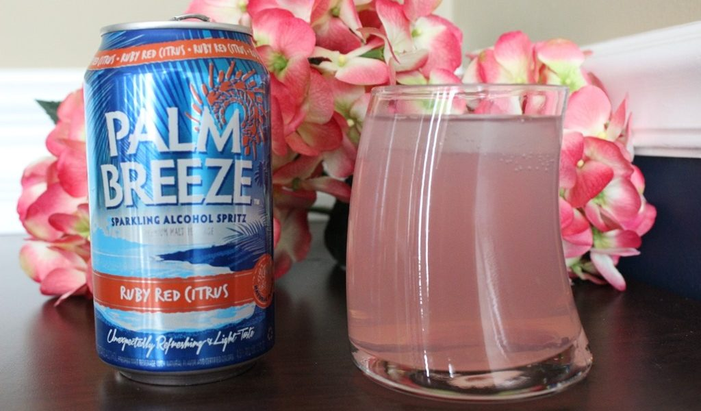 Palm Breeze Sparkling Alcohol Spritz #VacayEveryDay