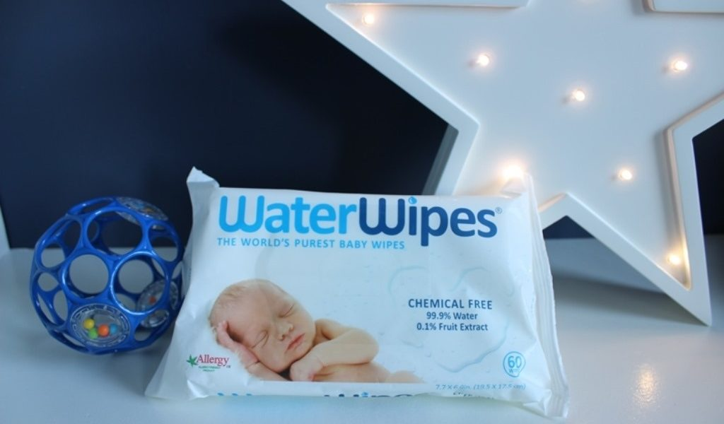 WaterWipes Review & BabiesRUs Gift Card Giveaway!