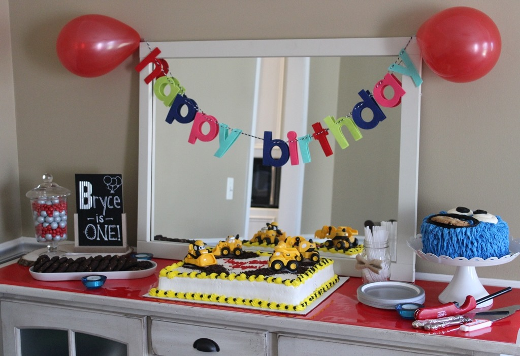 The Chalkboard And B Letter Banner Cake Stand Were From Target Also Got Gray Gumballs Plates On Super Clearance There Too