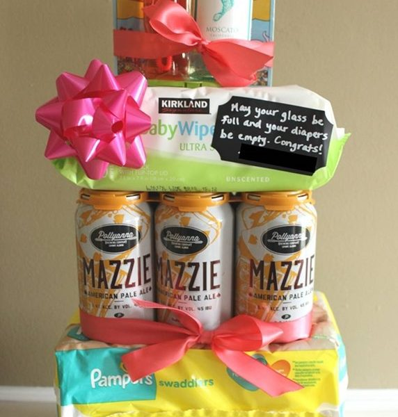 What to Get for a Co-Ed Baby Shower // Drinks & Diaper Tiered Cake Tower